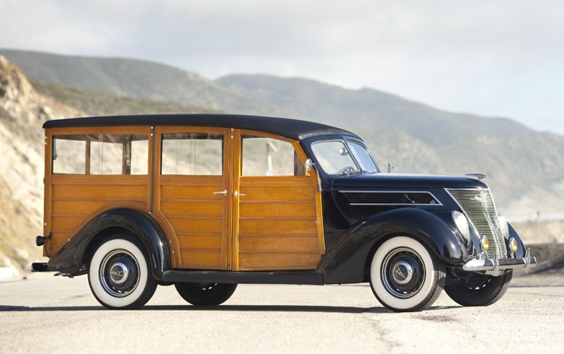 1937 Ford Model 79B Deluxe Station Wagon