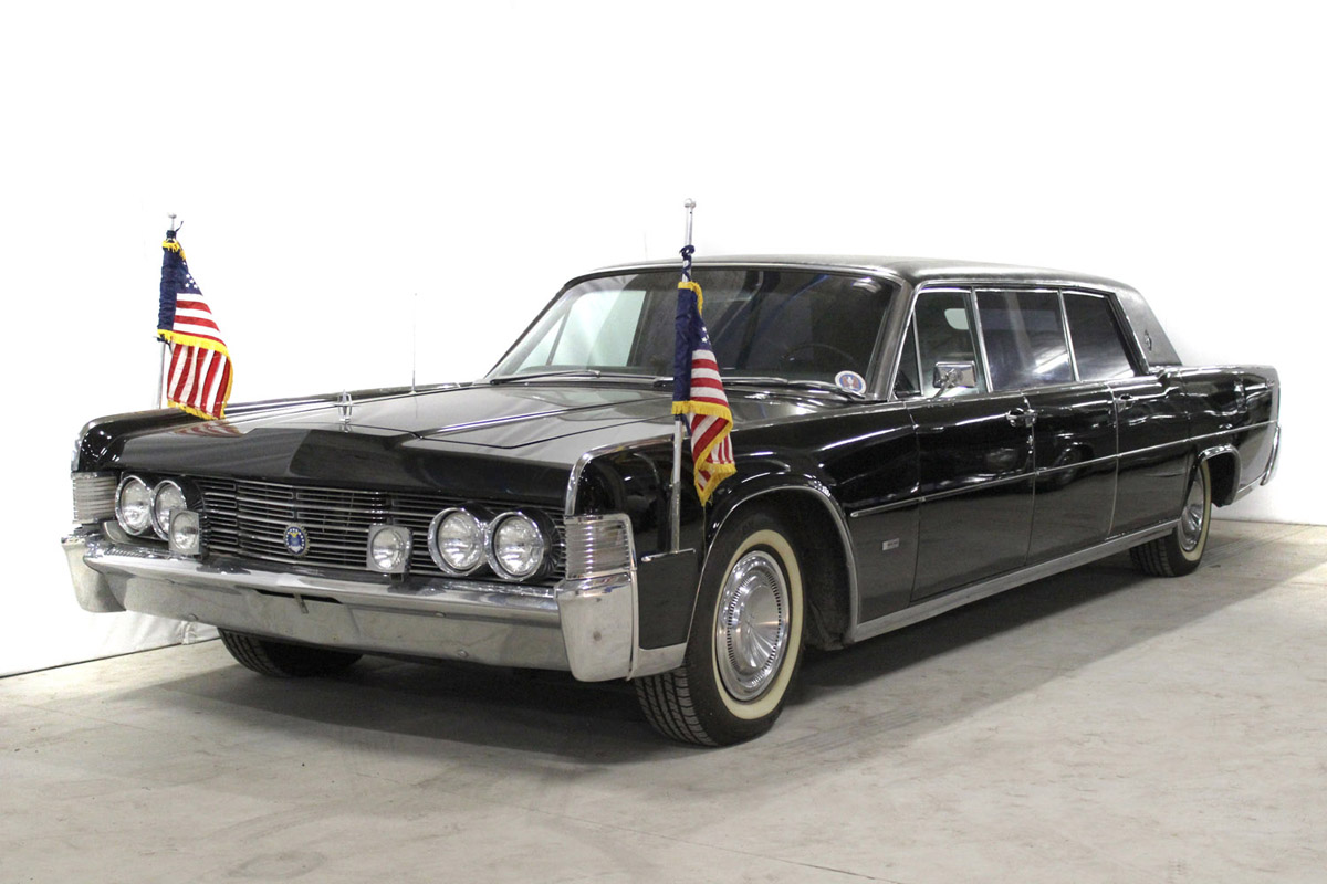 1965 Lincoln Ford Continental V8 4drlin - The Bid Watcher