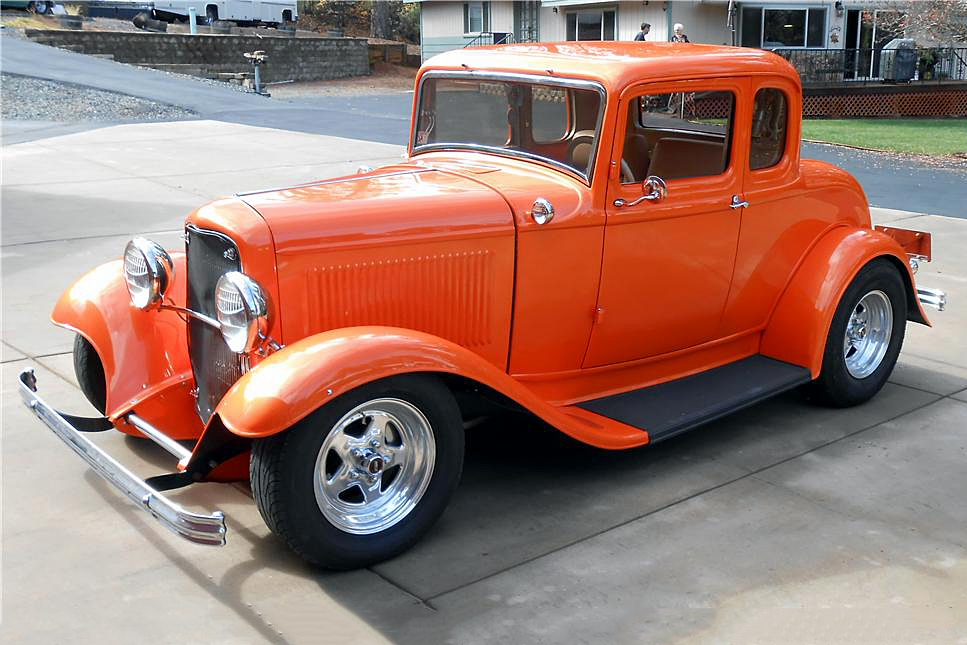 1932 FORD 5-WINDOW CUSTOM COUPE