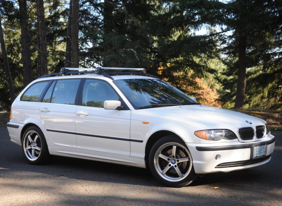 No Reserve: 2002 BMW 325xi Touring 5-Speed